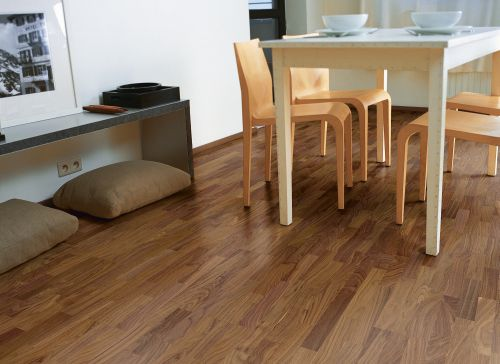 Quick-Step Parkett Villa Nussbaum Satin VIL1368